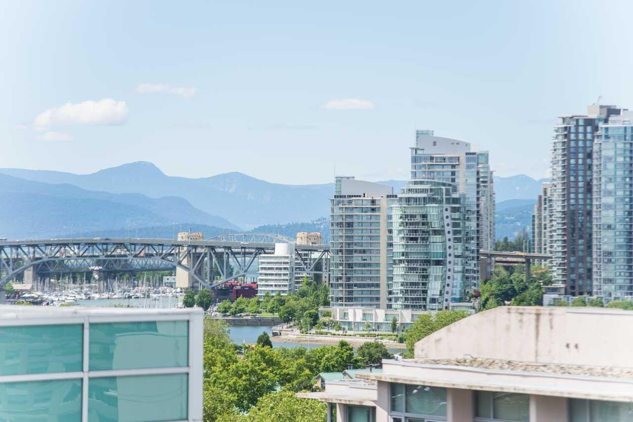 Main Photo: PH5 538 W 7TH Avenue in Vancouver: Fairview VW Condo for sale (Vancouver West)  : MLS(r) # R2181028