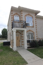 Main Photo: 58 13825 155 Avenue in Edmonton: Zone 27 Townhouse for sale : MLS(r) # E4074235