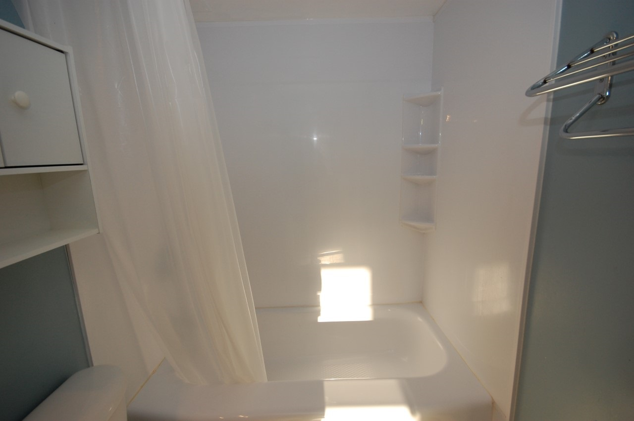 Goregeous Bath Fitter - Premium quality acrylic tub and walls.