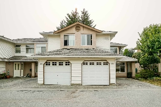 "Main Photo: 806 8260 162A Street in Surrey: Fleetwood Tynehead Townhouse for sale in ""FLEETWOOD MEADOW"" : MLS® # R2194950"