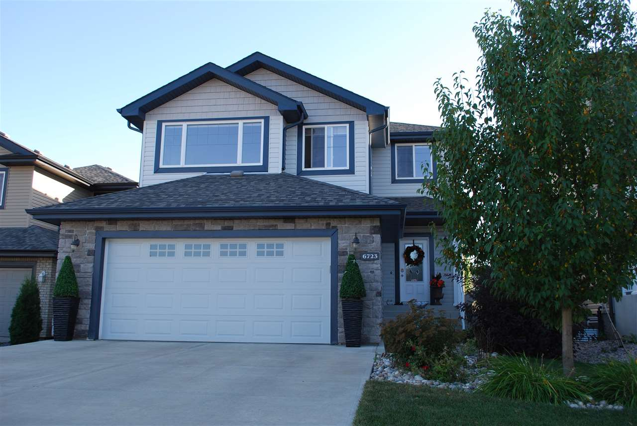 Main Photo: 6723 Speaker Place in Edmonton: Zone 14 House for sale : MLS® # E4080709