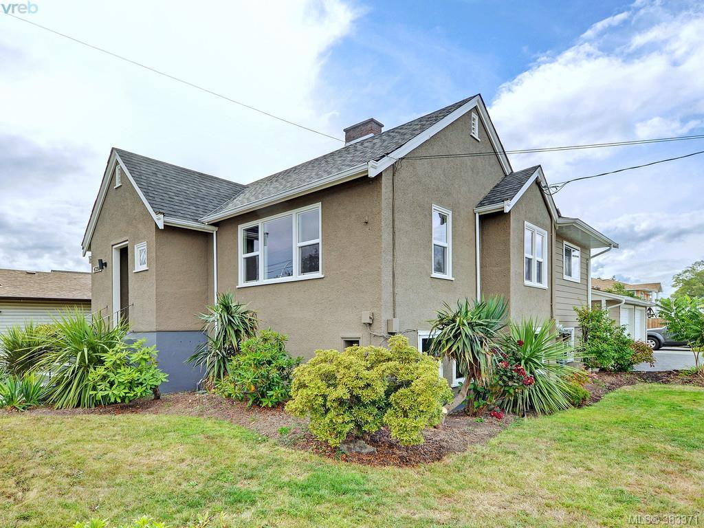 Main Photo: 4298 Glanford Avenue in VICTORIA: SW Northridge Single Family Detached for sale (Saanich West)  : MLS® # 383371