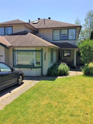 Main Photo: 19618 55A Avenue in Langley: Langley City House 1/2 Duplex for sale : MLS®# R2231027