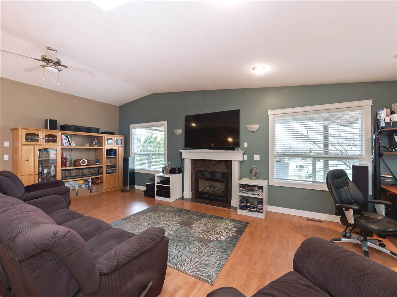 Photo 6: Photos: 33157 CHERRY Avenue in Mission: Mission BC House for sale : MLS® # R2236874