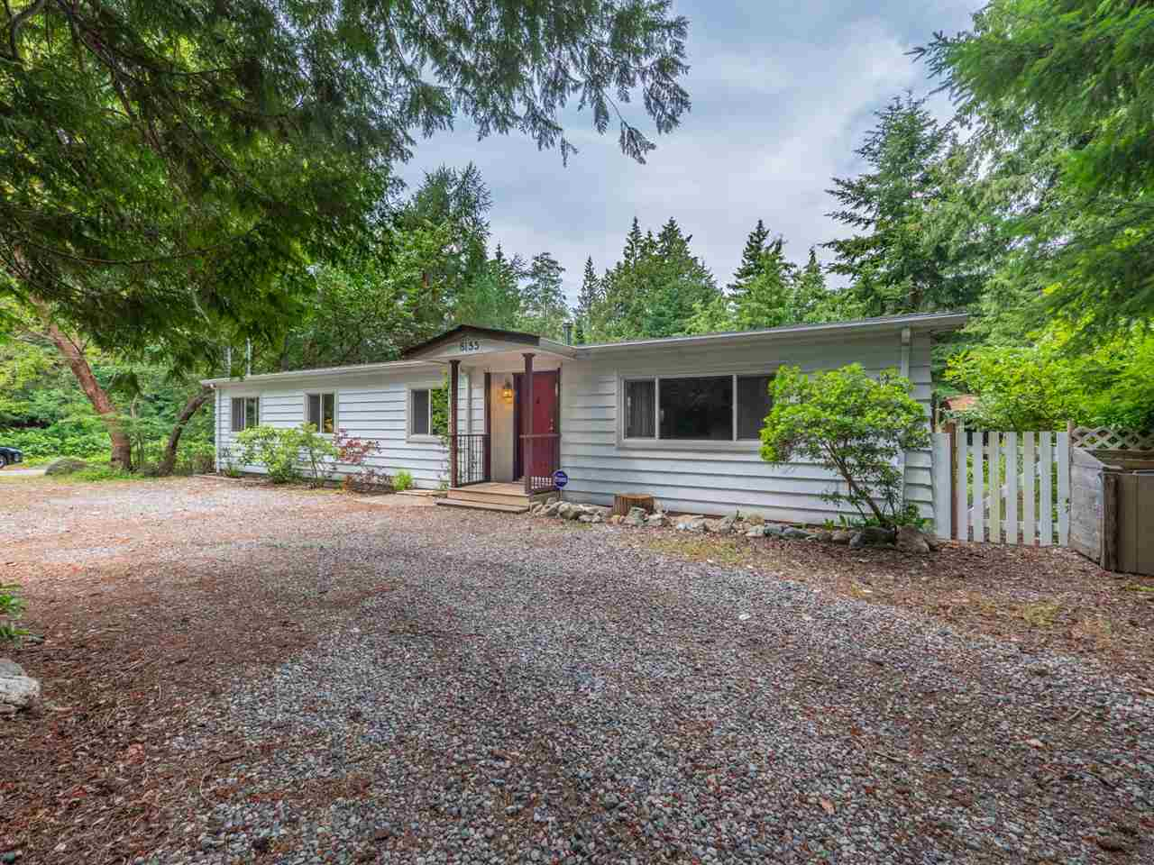 "Main Photo: 8155 WESTWOOD Road in Halfmoon Bay: Halfmn Bay Secret Cv Redroofs House for sale in ""Welcome Woods"" (Sunshine Coast)  : MLS®# R2282516"