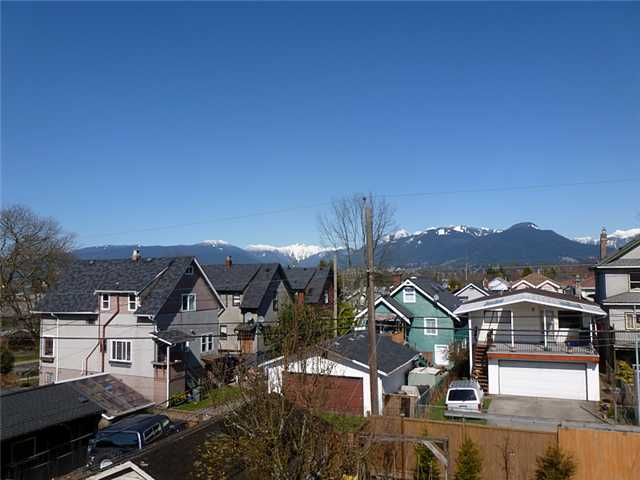Photo 10: 2511 PANDORA Street in Vancouver: Hastings East House for sale (Vancouver East)  : MLS® # V940912