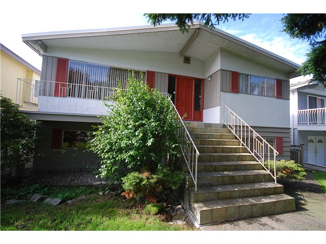 Main Photo: 6009 LANARK Street in Vancouver: Knight House for sale (Vancouver East)  : MLS® # V1031277