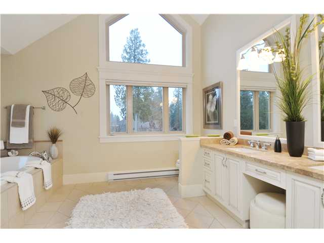"Photo 16: 3169 136TH Street in Surrey: Elgin Chantrell House for sale in ""Bayview"" (South Surrey White Rock)  : MLS® # F1401327"