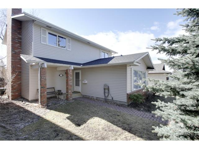 Main Photo: 115 DEERCROFT Place SE in Calgary: Deer Run House for sale : MLS® # C4004185