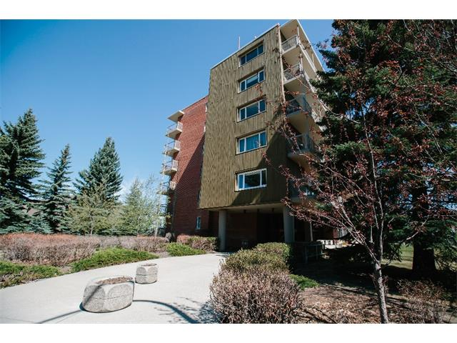 Main Photo: 301/302 3204 RIDEAU Place SW in Calgary: Rideau Park Condo for sale : MLS® # C4008642