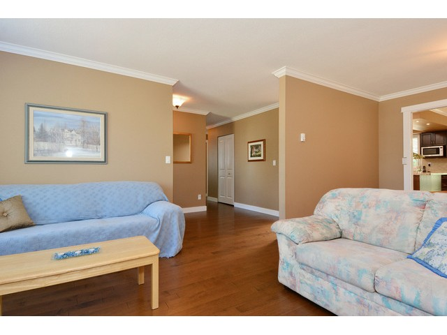 "Photo 4: 15690 GOGGS Avenue: White Rock House for sale in ""White Rock"" (South Surrey White Rock)  : MLS® # F1443807"