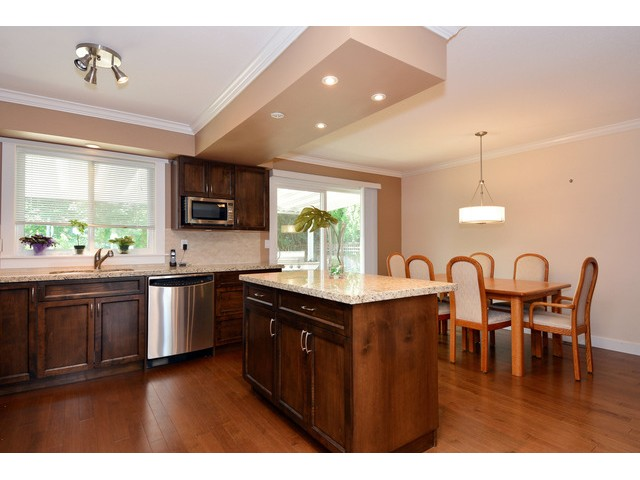 "Photo 10: 15690 GOGGS Avenue: White Rock House for sale in ""White Rock"" (South Surrey White Rock)  : MLS® # F1443807"