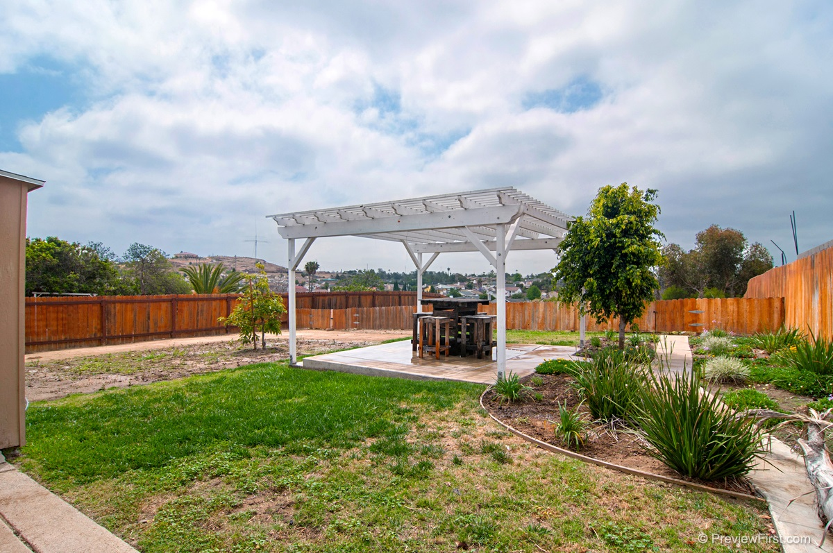 Photo 19: ENCANTO House for sale : 3 bedrooms : 5843 DULUTH AVENUE in San Diego