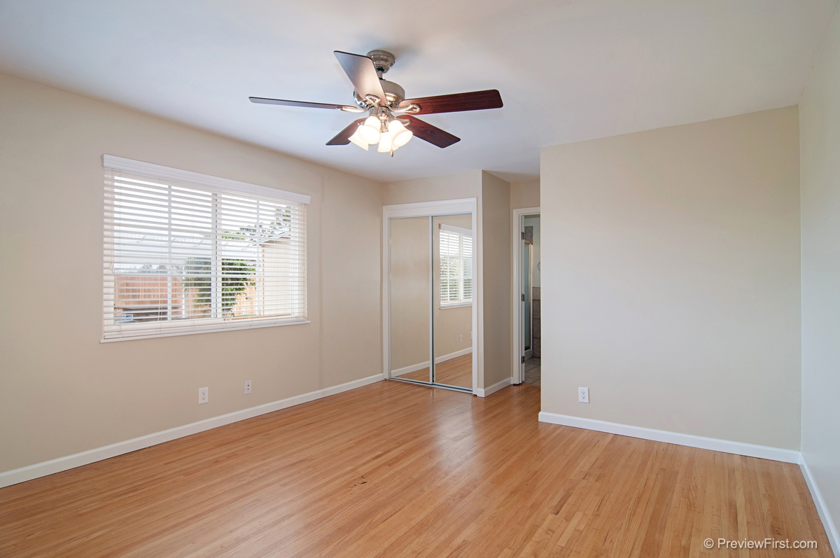 Photo 14: ENCANTO House for sale : 3 bedrooms : 5843 DULUTH AVENUE in San Diego