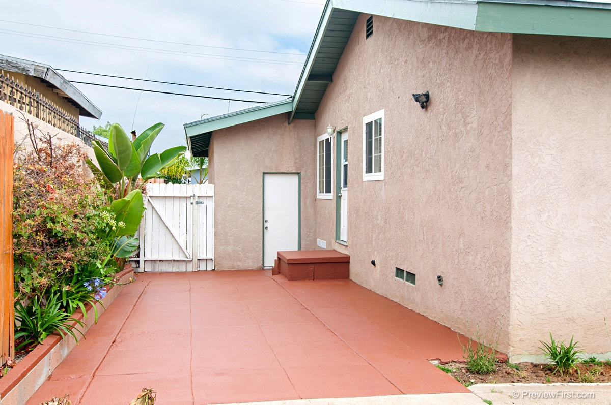 Photo 18: ENCANTO House for sale : 3 bedrooms : 5843 DULUTH AVENUE in San Diego