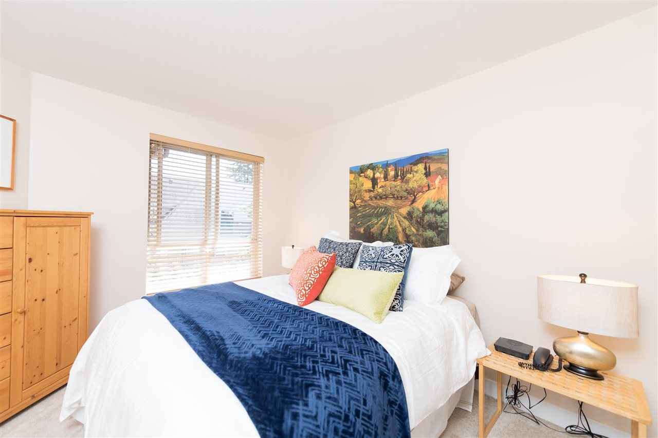 "Photo 10: 511 150 W 22 Street in North Vancouver: Central Lonsdale Condo for sale in ""The Sierra"" : MLS® # R2094681"