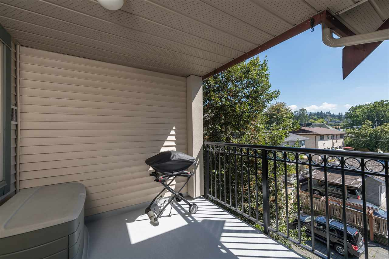 "Photo 15: 511 150 W 22 Street in North Vancouver: Central Lonsdale Condo for sale in ""The Sierra"" : MLS® # R2094681"