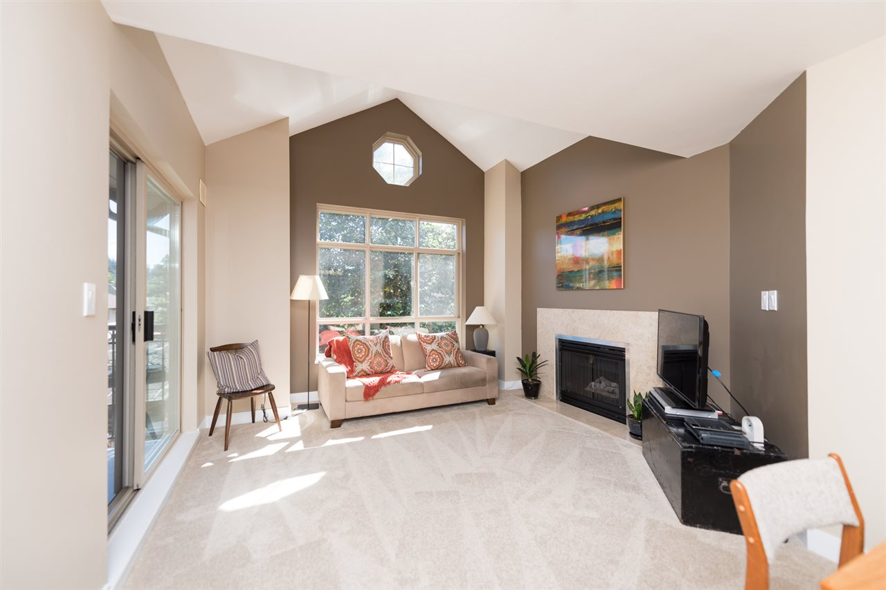 "Photo 4: 511 150 W 22 Street in North Vancouver: Central Lonsdale Condo for sale in ""The Sierra"" : MLS® # R2094681"