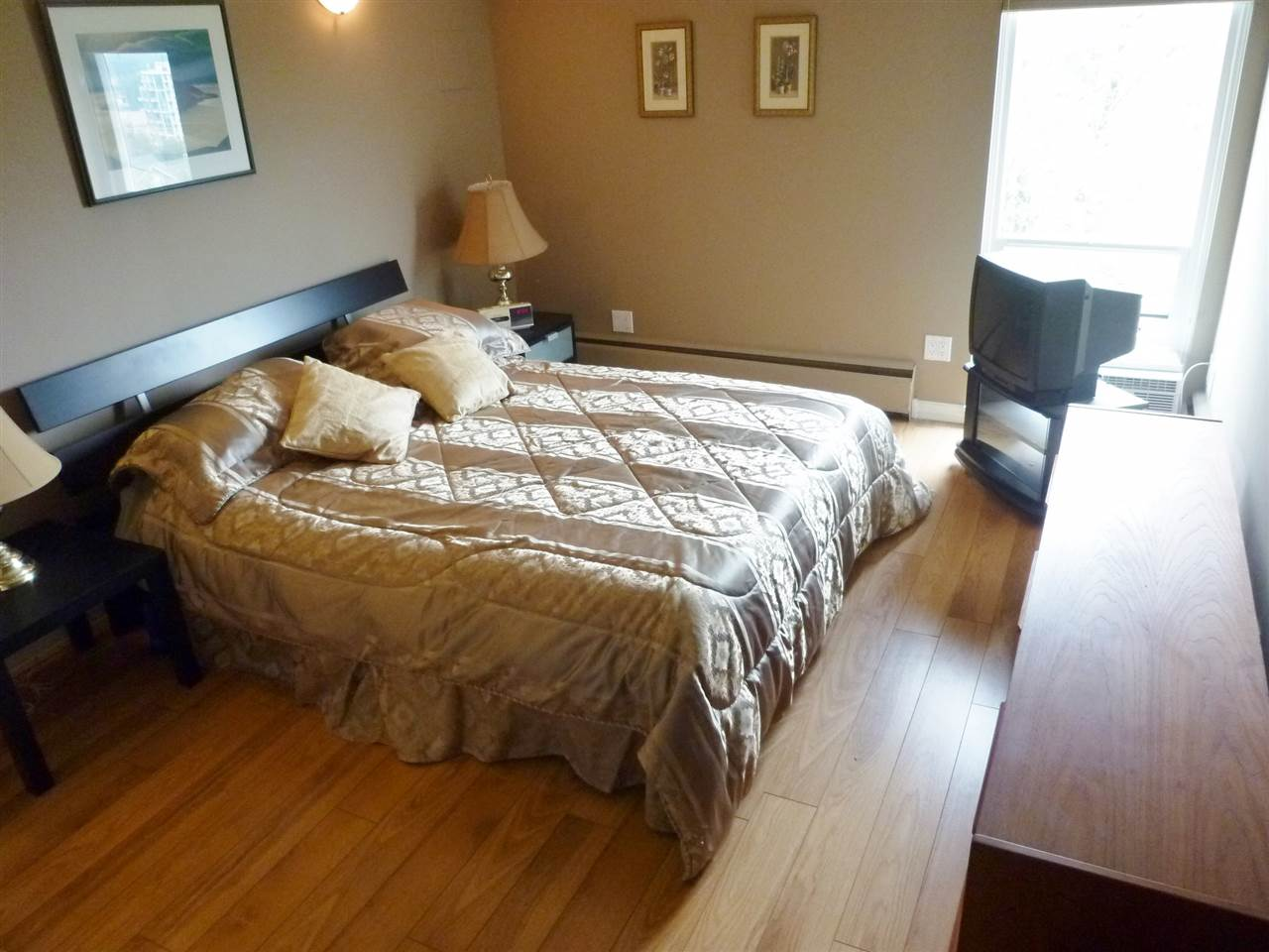 "Photo 13: 301 1040 FOURTH Avenue in New Westminster: Uptown NW Condo for sale in ""HILLSIDE TERRACE"" : MLS(r) # R2099693"