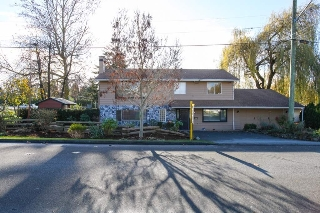 Main Photo: 17886 59A Street in Surrey: Cloverdale BC House for sale (Cloverdale)  : MLS(r) # R2123575