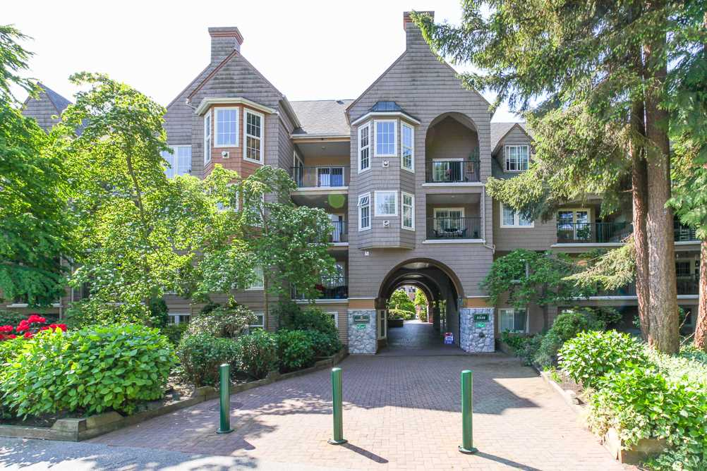 "Main Photo: 212 5518 14 Avenue in Delta: Cliff Drive Condo for sale in ""Windsor Woods - Sommerset"" (Tsawwassen)  : MLS(r) # R2124596"