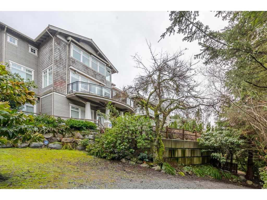 Main Photo: 450 N HYTHE Avenue in Burnaby: Capitol Hill BN House for sale (Burnaby North)  : MLS(r) # R2147734
