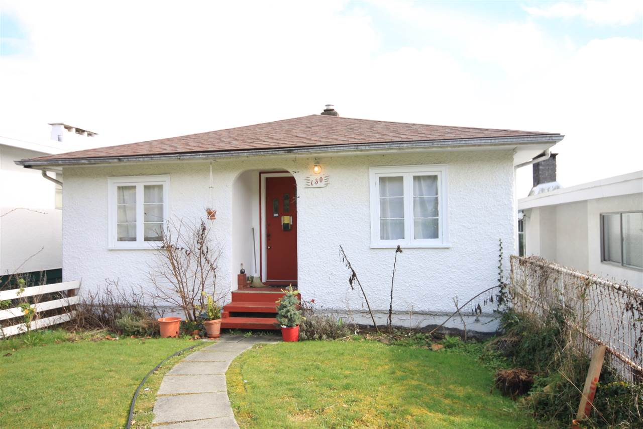"Main Photo: 130 N HOLDOM Avenue in Burnaby: Capitol Hill BN House for sale in ""CAPITOL HILL"" (Burnaby North)  : MLS®# R2040685"