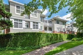 "Main Photo: 210 1675 W 10TH Avenue in Vancouver: Fairview VW Condo for sale in ""Norfolk House by Polygon"" (Vancouver West)  : MLS(r) # R2173409"