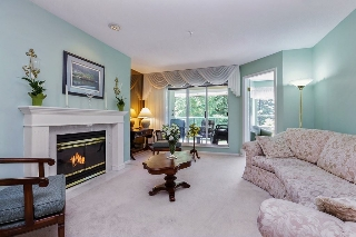 "Main Photo: 302 3680 BANFF Court in North Vancouver: Northlands Condo for sale in ""PARKGATE MANOR"" : MLS(r) # R2181982"