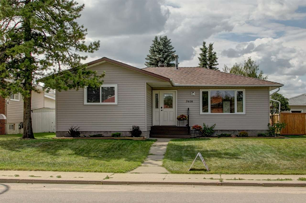 Main Photo: 3616 108 Street in Edmonton: Zone 16 House for sale : MLS® # E4074299
