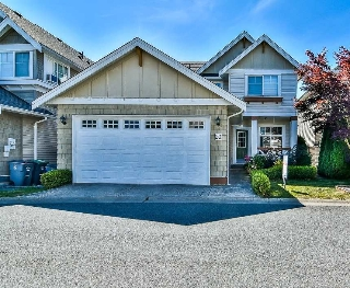 "Main Photo: 20 7067 189 Street in Surrey: Clayton House for sale in ""CLAYTONBROOK"" (Cloverdale)  : MLS® # R2191772"