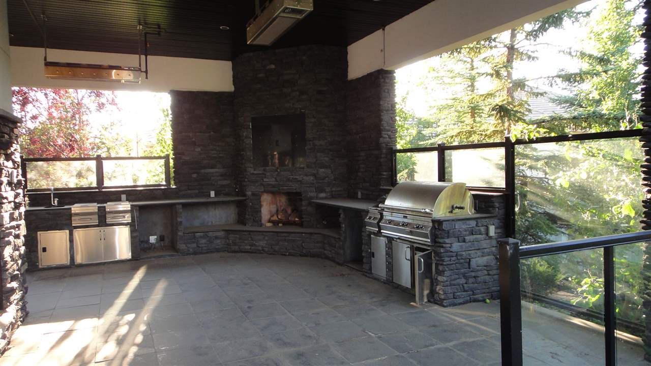 Heated Covered Patio/Kitchen