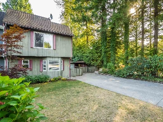 "Main Photo: 2671 RHUM & EIGG Drive in Squamish: Garibaldi Highlands House 1/2 Duplex for sale in ""Garibaldi Highlands"" : MLS® # R2198524"