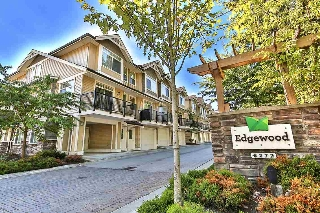 Main Photo: 32 8277 161 Street in Surrey: Fleetwood Tynehead Townhouse for sale : MLS® # R2206365