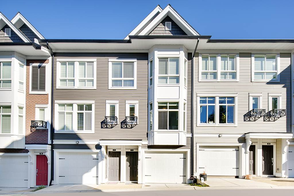 Main Photo: 78 14433 60 Avenue in Surrey: Sullivan Station Townhouse for sale : MLS® # R2216329