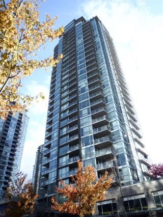 "Main Photo: 2902 2968 GLEN Drive in Coquitlam: North Coquitlam Condo for sale in ""GRAND CENTRAL 2"" : MLS® # R2221747"