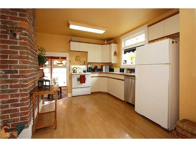 Photo 6: 808 5TH Street in New Westminster: GlenBrooke North House for sale : MLS(r) # V884755