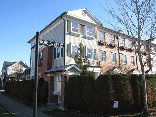 "Main Photo: 21 11060 BARNSTON VIEW Road in Pitt Meadows: South Meadows Townhouse for sale in ""COHO 1"" : MLS® # V1035715"