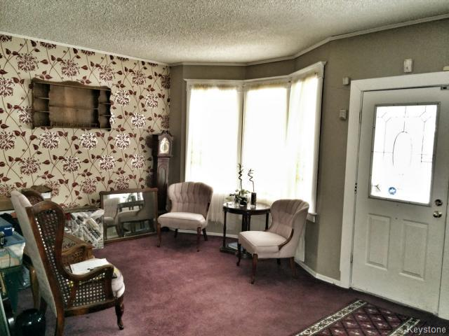 Photo 2: 709 Nassau Street South in WINNIPEG: Manitoba Other Residential for sale : MLS(r) # 1325024