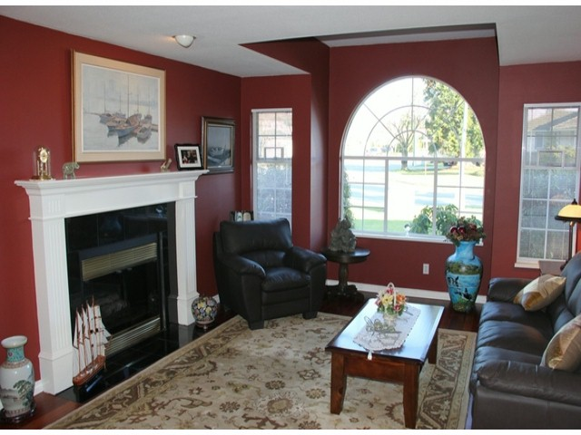 "Photo 2: 4595 217A ST in Langley: Murrayville House for sale in ""MURRAYVILLE"" : MLS® # F1326776"