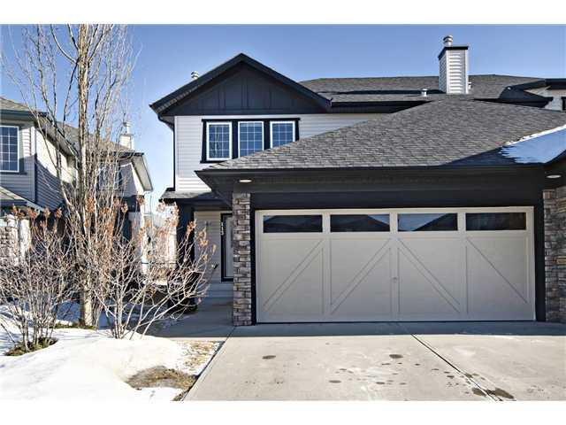Main Photo: 113 COUGARSTONE Place SW in CALGARY: Cougar Ridge Residential Attached for sale (Calgary)  : MLS(r) # C3598233