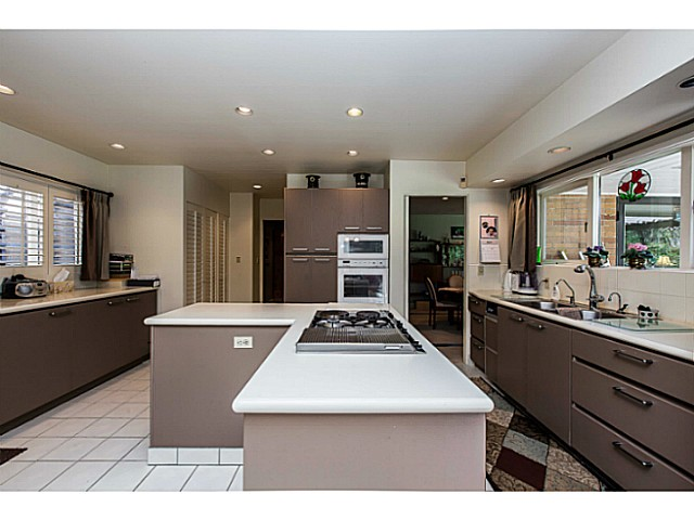 Photo 9: 109 COLLEGE CRT Court in New Westminster: Queens Park House for sale : MLS(r) # V1116800
