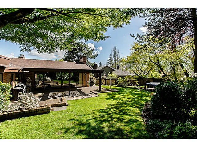 Photo 20: 109 COLLEGE CRT Court in New Westminster: Queens Park House for sale : MLS(r) # V1116800