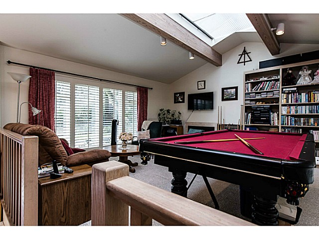 Photo 10: 109 COLLEGE CRT Court in New Westminster: Queens Park House for sale : MLS(r) # V1116800