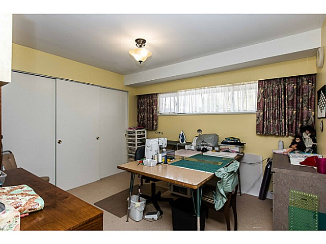 Photo 12: 109 COLLEGE CRT Court in New Westminster: Queens Park House for sale : MLS(r) # V1116800