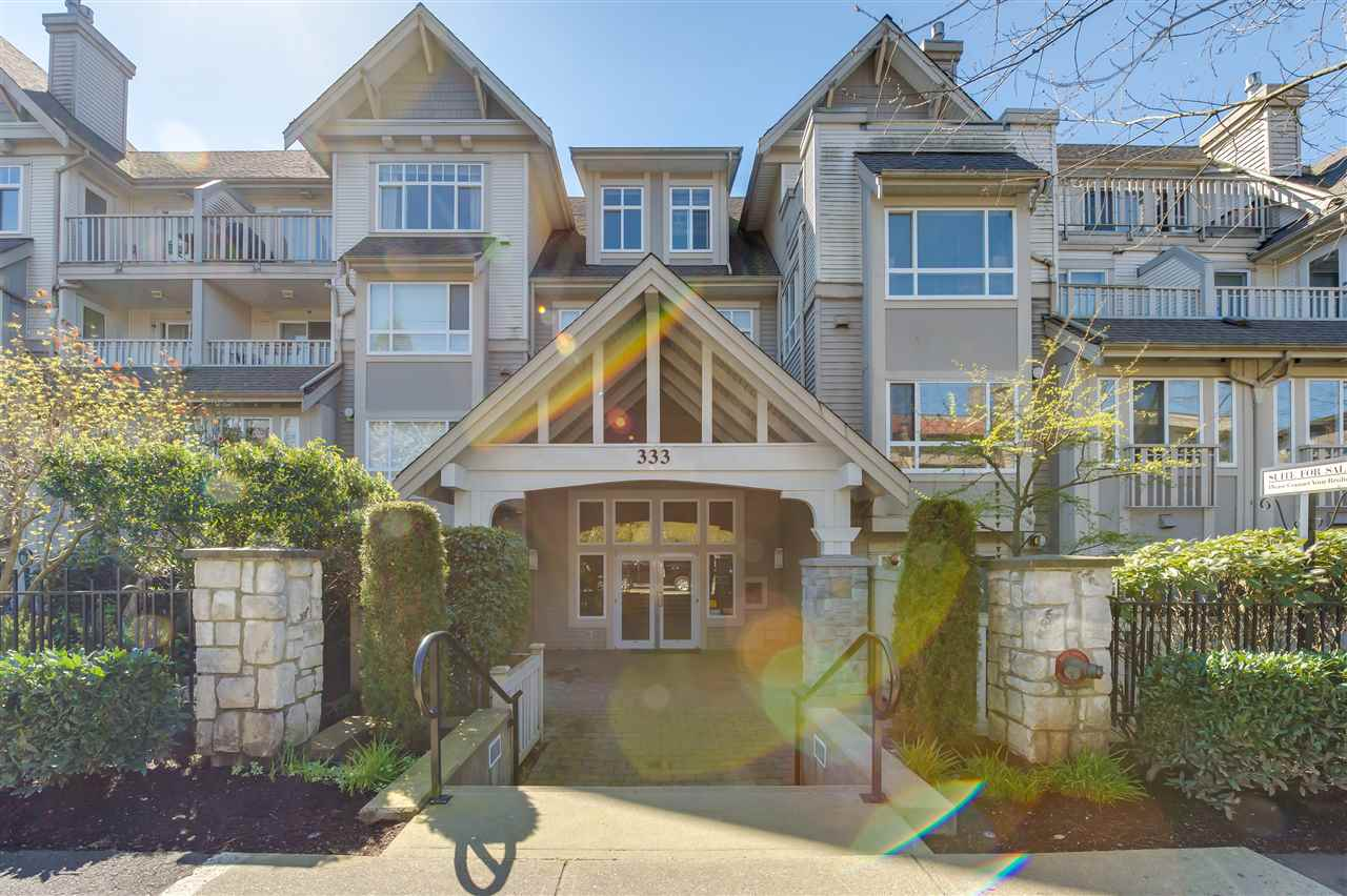 "Main Photo: 313 333 E 1ST Street in North Vancouver: Lower Lonsdale Condo for sale in ""Vista West at Hamersely"" : MLS® # R2053980"