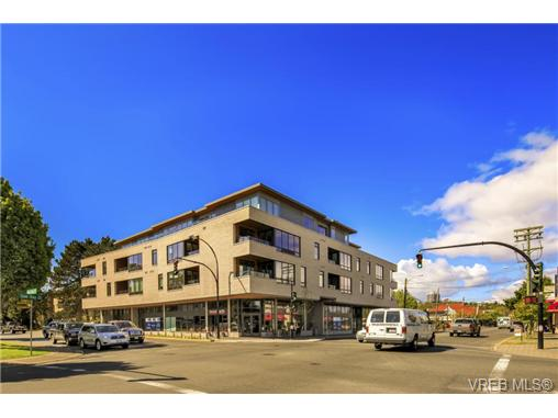 Main Photo: 307 1969 Oak Bay Avenue in VICTORIA: Vi Fairfield East Condo Apartment for sale (Victoria)  : MLS® # 363517