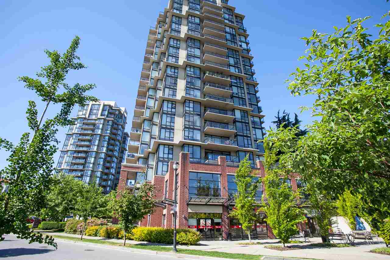 "Main Photo: 1902 15 E ROYAL Avenue in New Westminster: Fraserview NW Condo for sale in ""VICTORIA HILL"" : MLS®# R2068143"