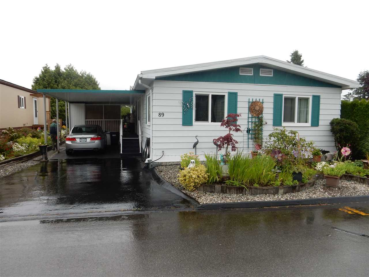 "Main Photo: 89 15875 20 Avenue in Surrey: King George Corridor Manufactured Home for sale in ""Searidge Bays"" (South Surrey White Rock)  : MLS®# R2082414"