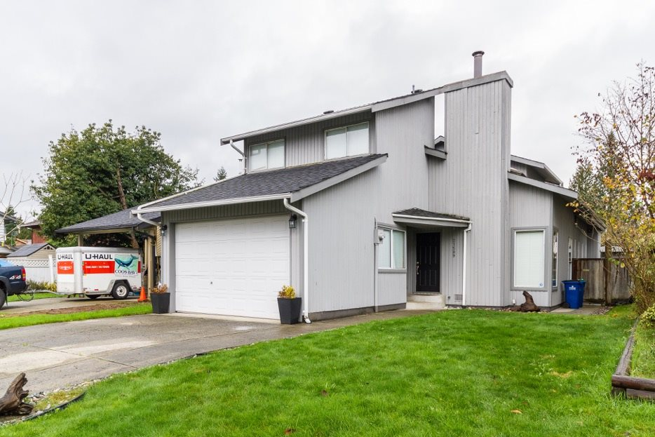 FEATURED LISTING: 21589 CHERRINGTON Avenue Maple Ridge